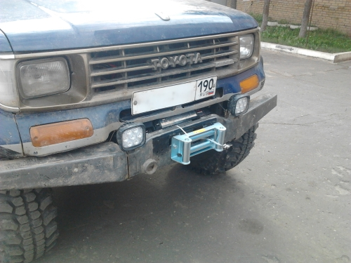 Установка лебедки под бампер на Toyota Land Cruiser 70